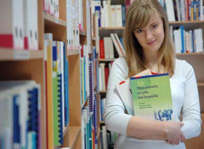 Biblioteka ipracownia komputerowa