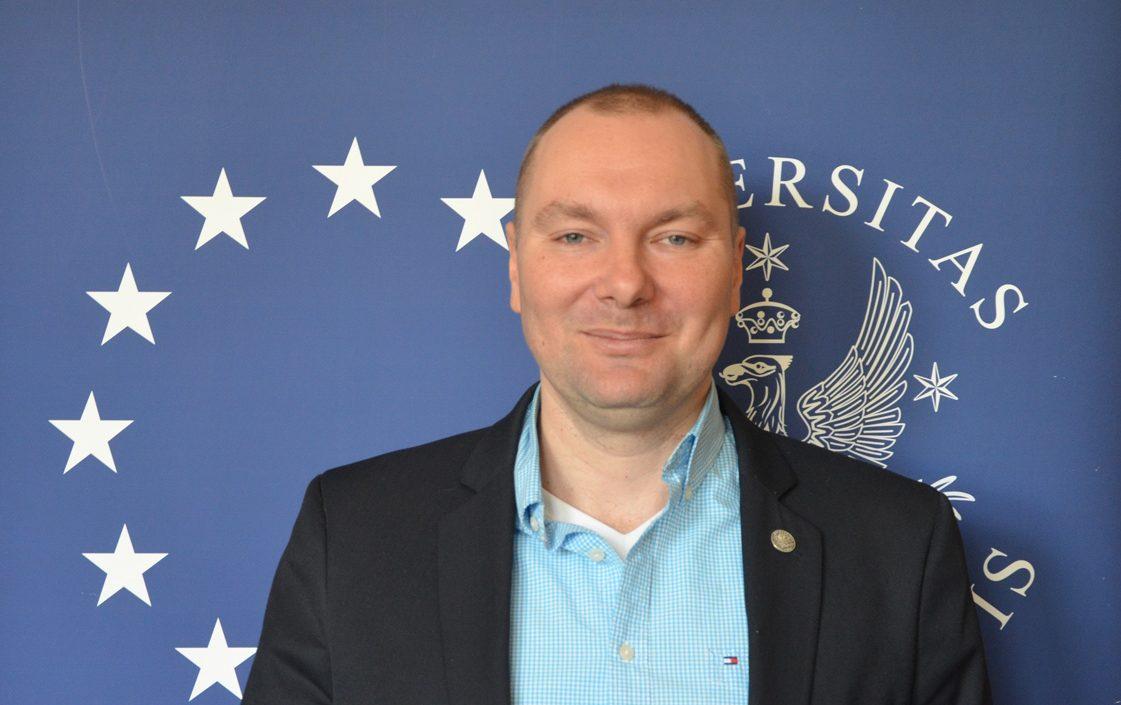 dr Kamil Zajączkowski