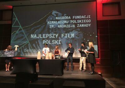 Rozmowa ZMaćkiem JABŁOŃSKIM Reż. Filmu SELMA WLinku (semiarium Studenckie MOC GÓR Jan OLEJNICZAK Dla Radia KAMPUS)